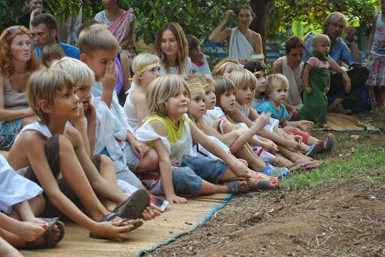 занятия с детьми в Гоа